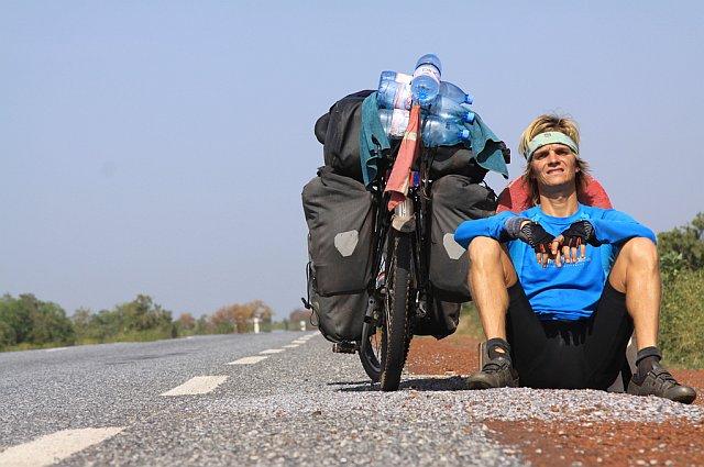 Nicolai Bangsgaard v Mali