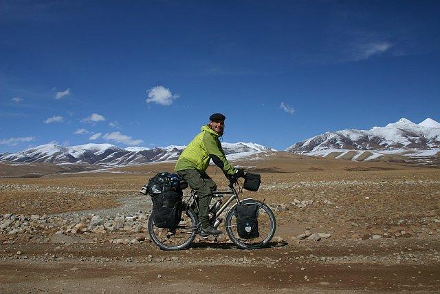 Nicolai Bangsgaard projížděl i Tibetem
