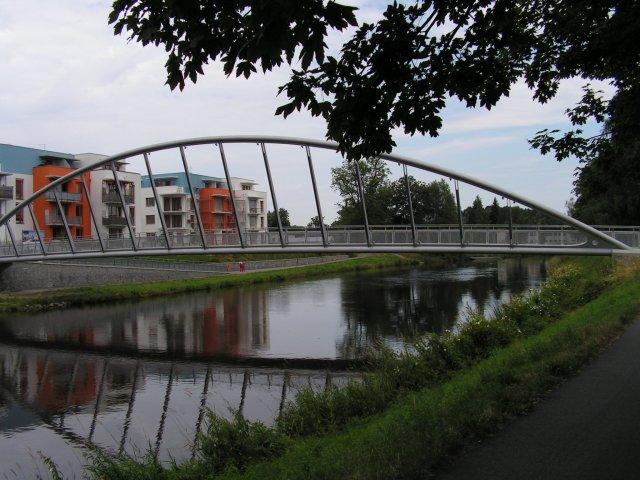 Zvláštní cenu ministra dopravy získala vloni lávka pro cyklisty přes řeku Vltavu v Českých Budějovicích