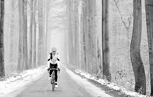 Pokud vám nevyhovují klasické cyklistické kalhoty s upnutým střihem 8b7c610624