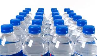 Ideální pitný režim: minerálky, ředěné džusy nebo obyčejná voda?